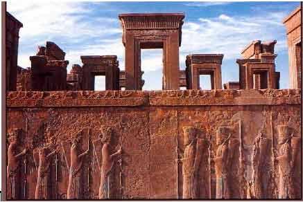 عنصر ستون در معماری هخامنشی و یونان و مصر